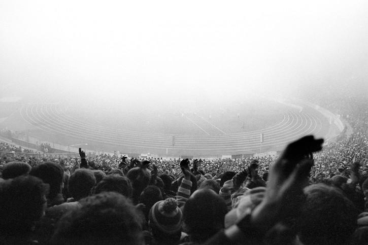 Nebel im Olympiastadion - FC Bayern München - 11FREUNDE BILDERWELT