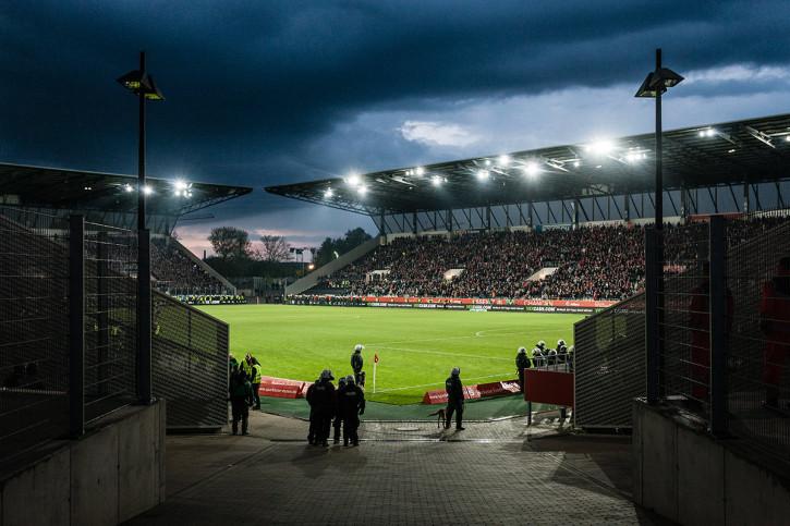 Blick in das Stadion Essen - 11FREUNDE BILDERWELT