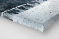 Schnee im Stadion am Uhlenkrug als Leinwand auf Keilrahmen gezogen (Detail)