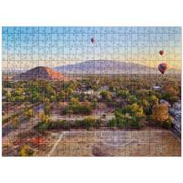 Puzzle: Fußballplatz auf Heißluftballons