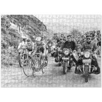 Puzzle: Mit motorisierter Presse bei der Tour 1964