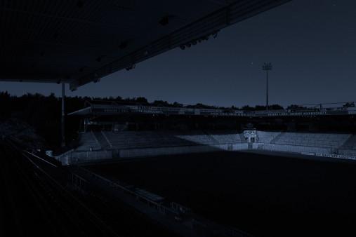 Stadien bei Nacht - Alte Försterei (1)