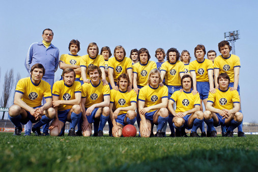 Eintracht Braunschweig Mannschaftsfoto 1973/74 - 11FREUNDE BILDERWELT