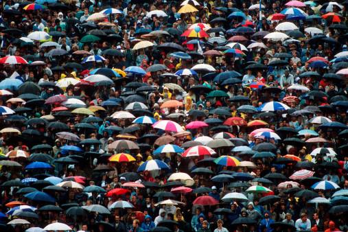 Regenschirme am Böllenfalltor