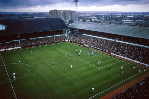 Über dem Stadion an der White Hart Lane
