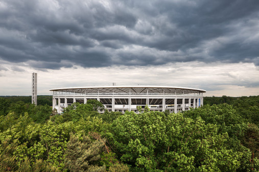 Blick auf die Frankfurter Arena - Fußball Wandbild - 11FREUNDE SHOP