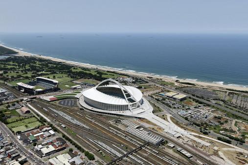 Moses-Mabhida-Stadion Vogelperspektive - 11FREUNDE BILDERWELT