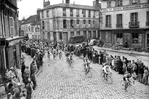 Kurve bei Paris-Roubaix
