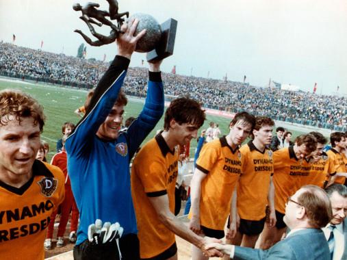 Dresden FDGB-Pokalsieger 1984 - Dynamo Dresden - 11FREUNDE BILDERWELT