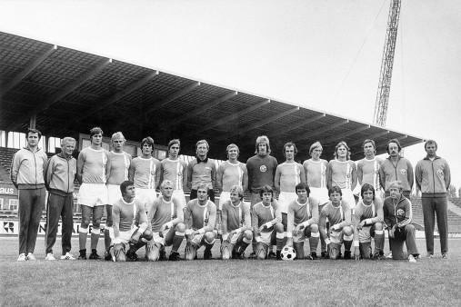 FC Hansa Rostock Mannschaftsfoto - 11FREUNDE BILDERWELT